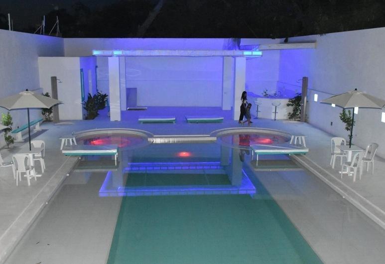 Hotel La Puerta del Ángel, Ricaurte, Pool