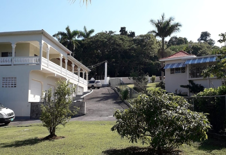 Rose View Apartment Montego Bay, Montego Bay, Overnattingsstedets eiendom