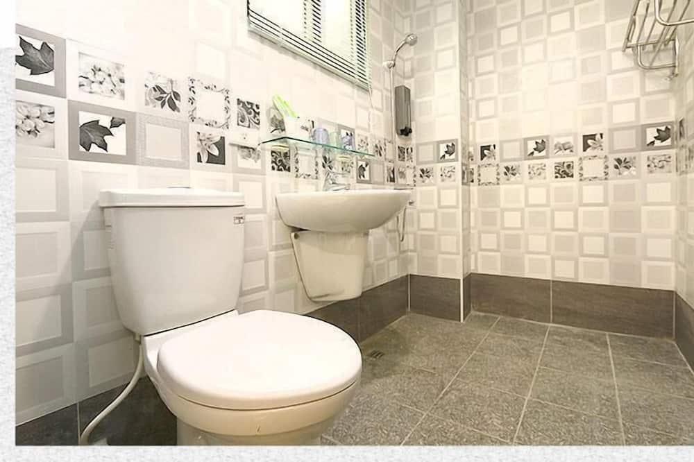 Standard-Doppelzimmer, 1 Doppelbett - Badezimmer