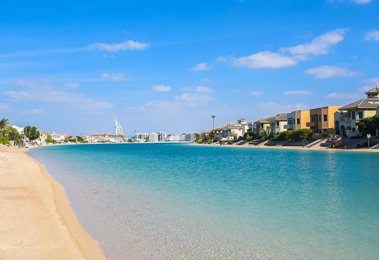 Palm Jumeirah Garden Beach Front Home, Dubajus, Paplūdimys