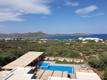 תמונה של Elounda Ocean View Suites באגיוס ניקולאוס