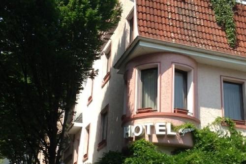布魯梅酒店/