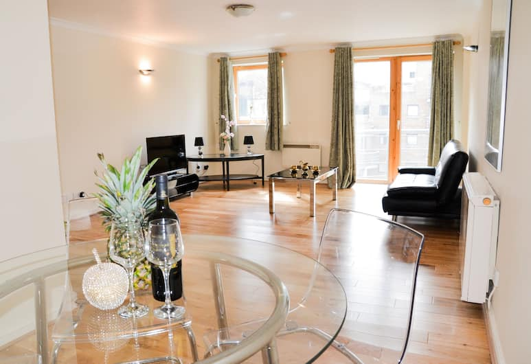 OYO Home Docklands 1 Bedroom Apartment, London
