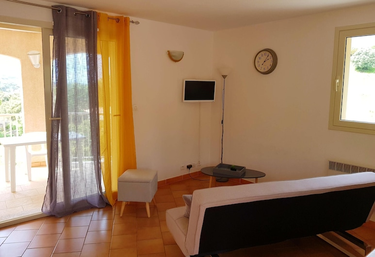 House With 2 Bedrooms in Propriano, With Wonderful Mountain View, Enclosed Garden and Wifi, Viggianello