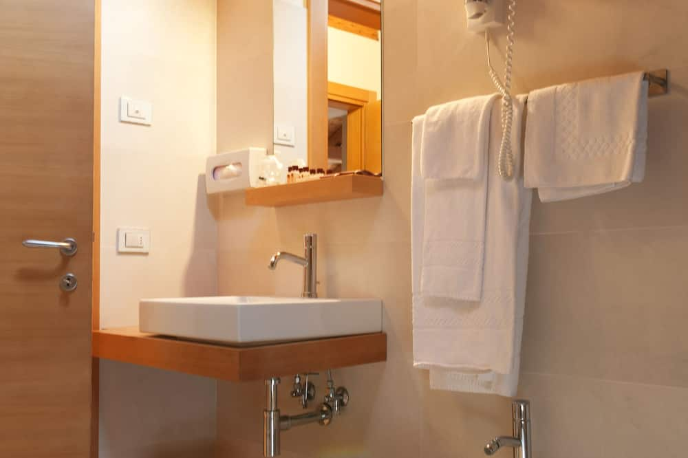 Студія-люкс категорії «Superior» - Ванна кімната