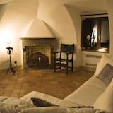 Cottage, Hot Tub - Living Area