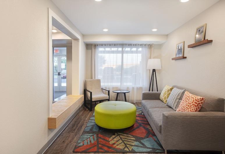 WoodSpring Suites Lackland near Sea World, San Antonio, Lobby Lounge