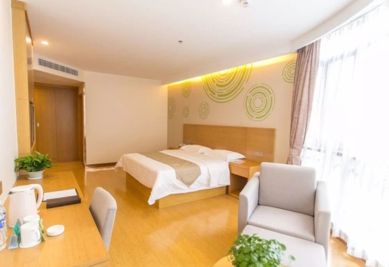 GreenTree Inn Jinan Jiyang Bus Station Express Hotel, Jinan, Double Room, 1 Queen Bed, Guest Room