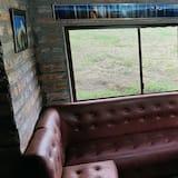 Ģimenes namiņš, sešas guļamistabas - Dzīvojamā istaba