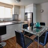 Appartement, 4 slaapkamers - Eetruimte in kamer