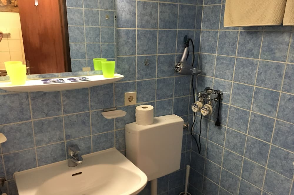 Panoraamahuoneisto, Kaupunkinäköala - Kylpyhuone