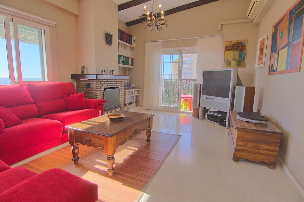 Penthouse, 3 Bedrooms, Partial Sea View (Duplex) - Living Room
