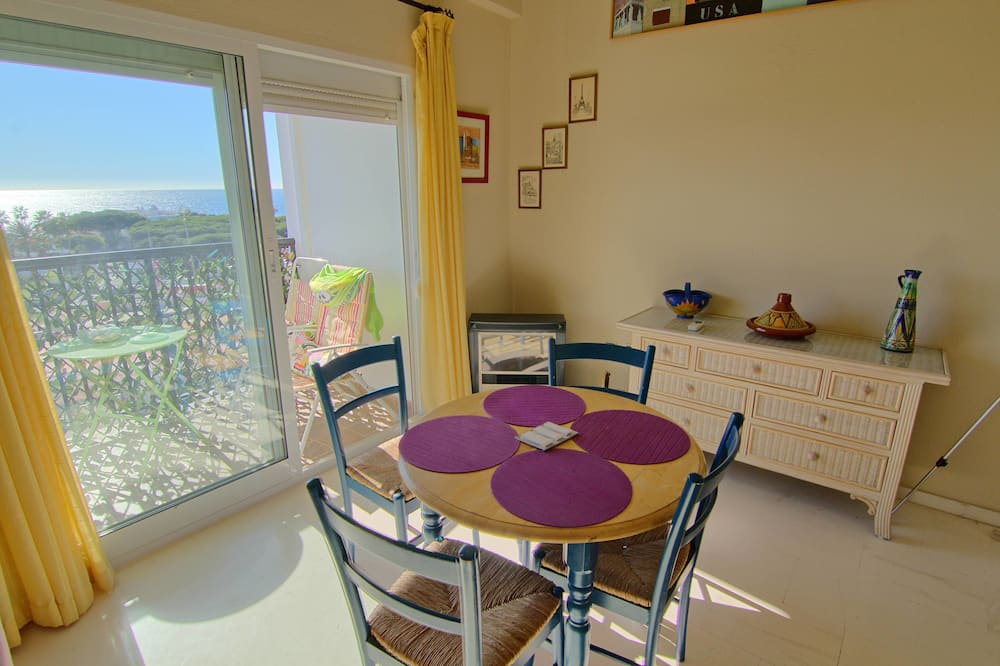 Penthouse, 3 Bedrooms, Partial Sea View (Duplex) - Living Area