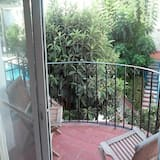 House, 2 Bedrooms, Terrace - Balcony