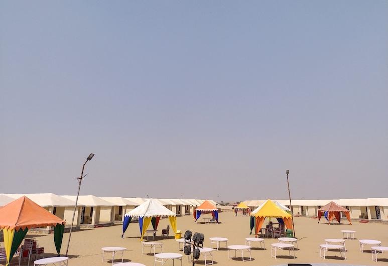 Aroma Desert Safari Camp, Джайсалмер, Ресторан під відкритим небом