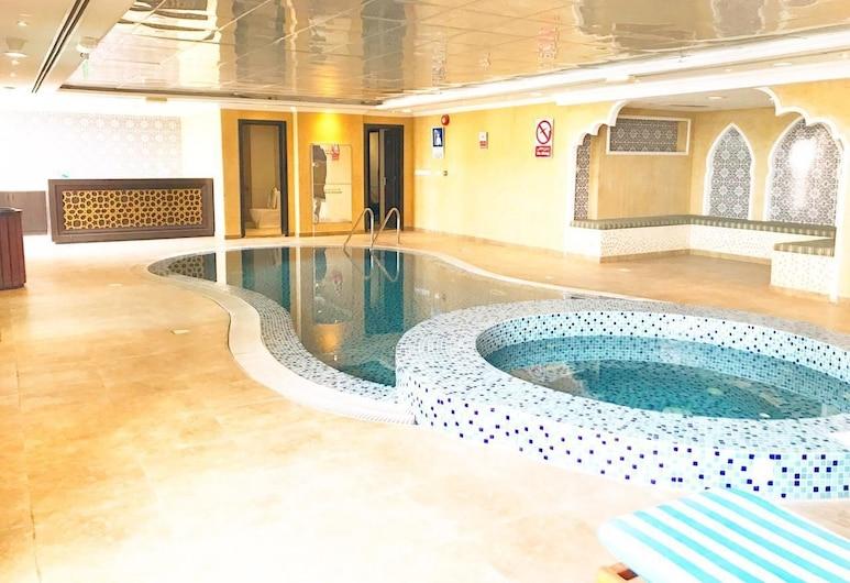 RoyalKeys - Boutique 7 Suites & Apartments, Dubajus, Baseinas