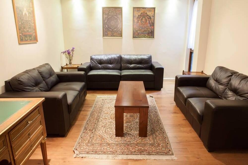Nhà liên kế truyền thống, 3 phòng ngủ - Khu phòng khách