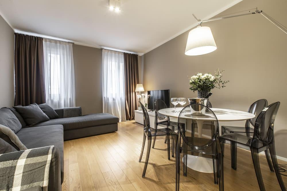 Deluxe-Apartment, 2Schlafzimmer, Kanalblick - Wohnbereich