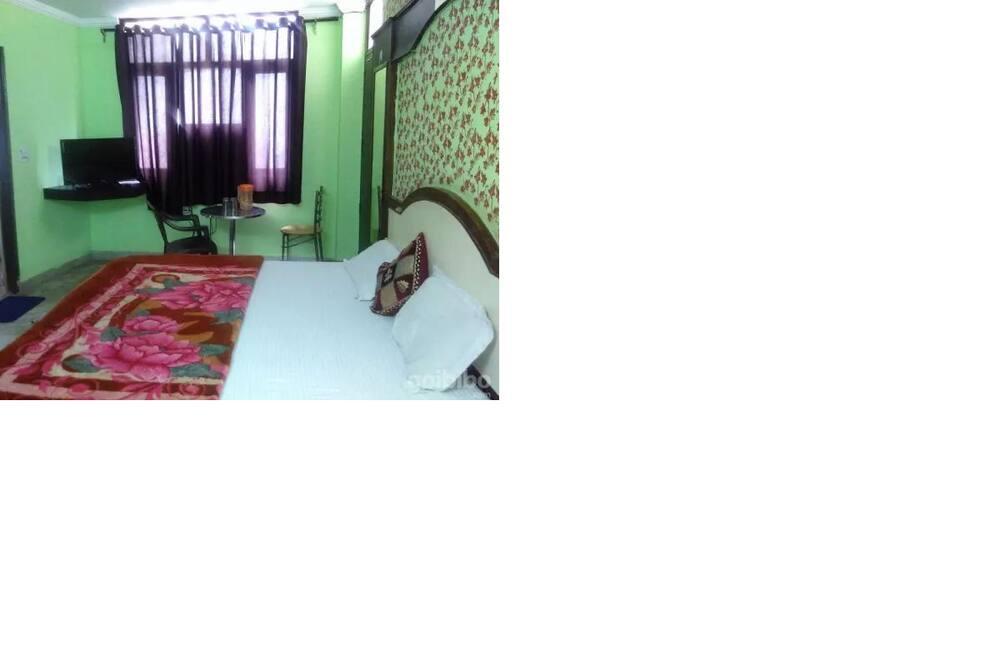 Chambre Supérieure, 1 lit double - Chambre