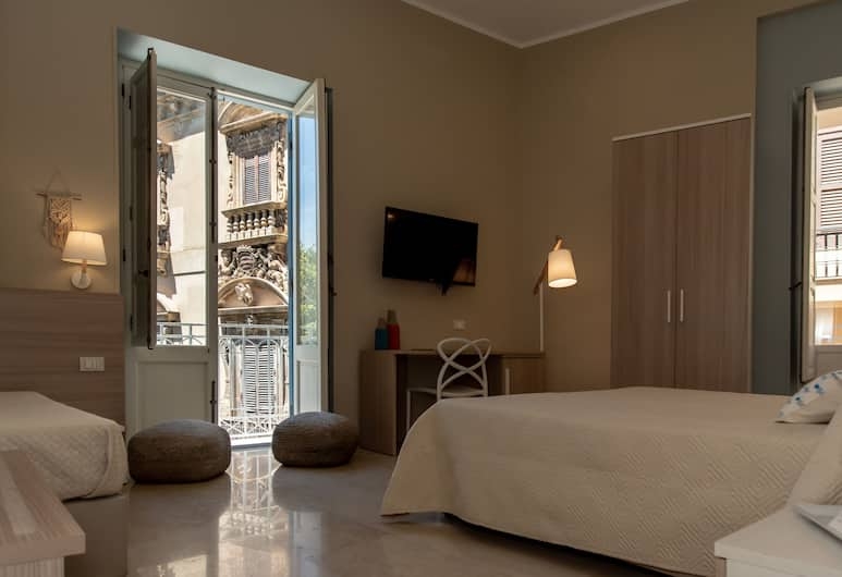 Xenia Rooms, Trapani, Superior Double Room, Balcony, Guest Room