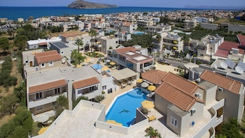 Picture of Toxo Hotel & Apartments in Chania
