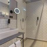 Superior Apartment - Bathroom