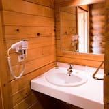 Family Room - Bathroom Sink