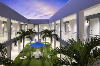 Picture of Star Suites: An Extended Stay Hotel in Vero Beach