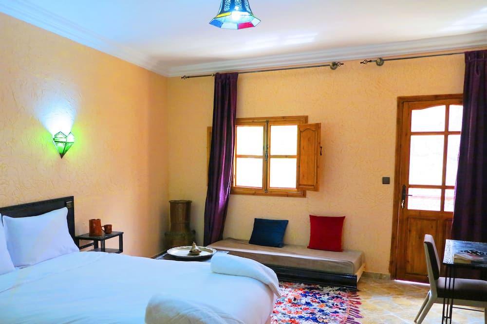 Junior Suite, Non Smoking - Living Area