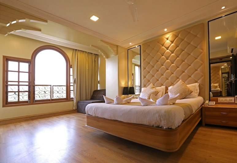Gulf Hotel, Bombay