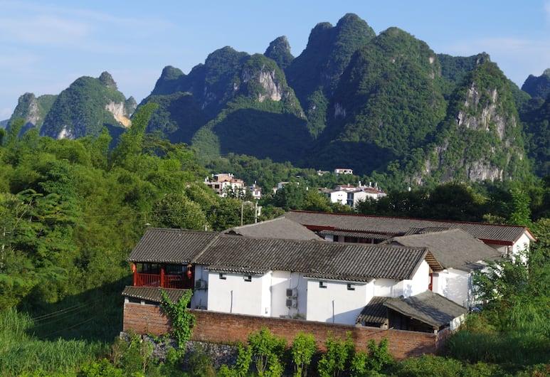 Yangshuo Dahuwai Camps Hotel, Guilin