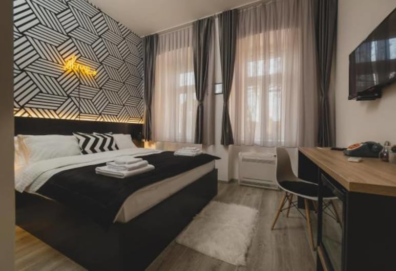 Hotel Marienplatz, Podgorica, Basic Room, 1 Queen Bed, Guest Room