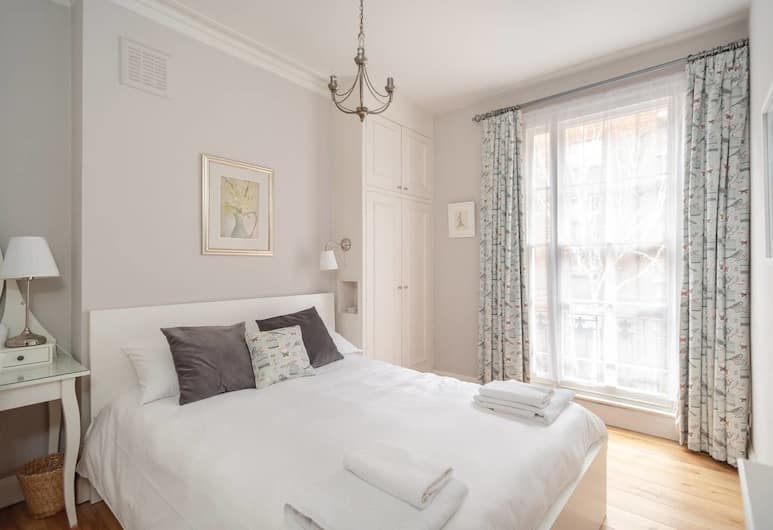 Cosy 1 bed Home by the Thames in Pimlico, Fits 4!, London
