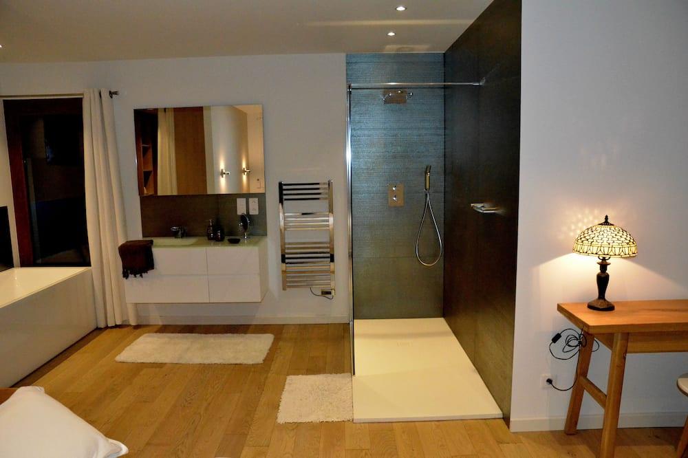 Double Room (Castagniccia) - Bathroom