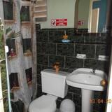 Basic Double or Twin Room, Berbilang Katil - Bilik mandi