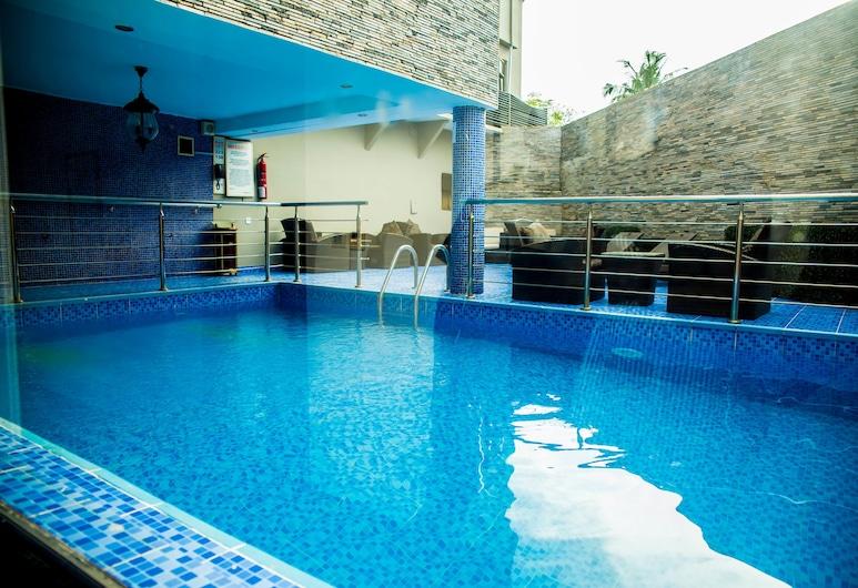 Starfire Hotel, Lagos, Outdoor Pool