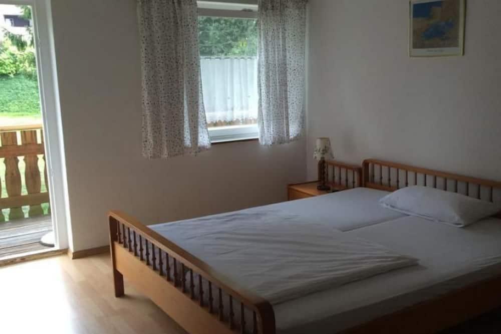 Apartmán, výhľad na záhradu - Hosťovská izba