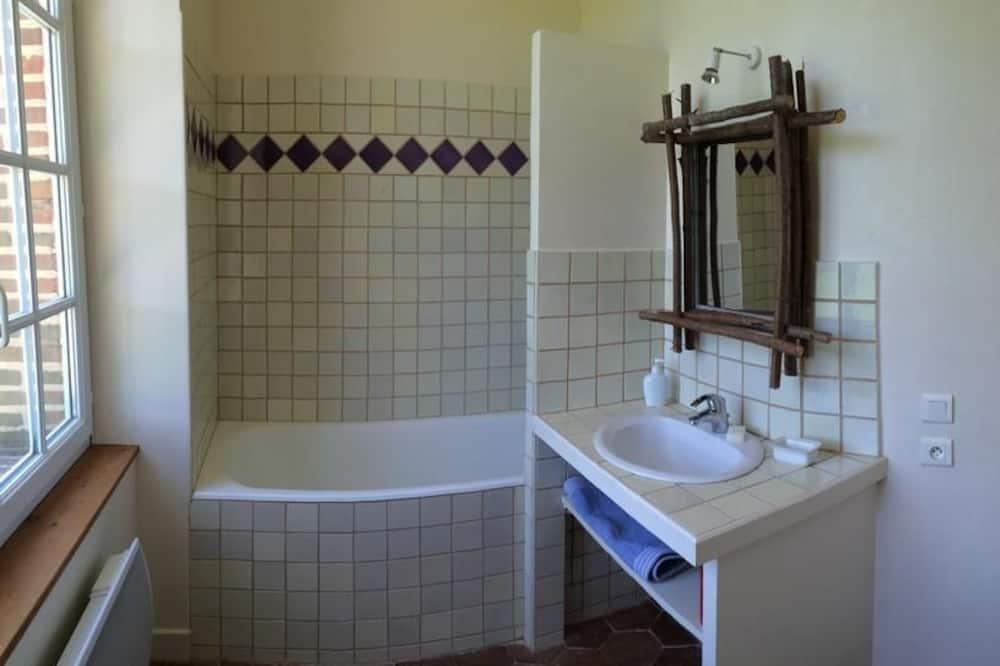 Double Room (Chimay) - Bathroom