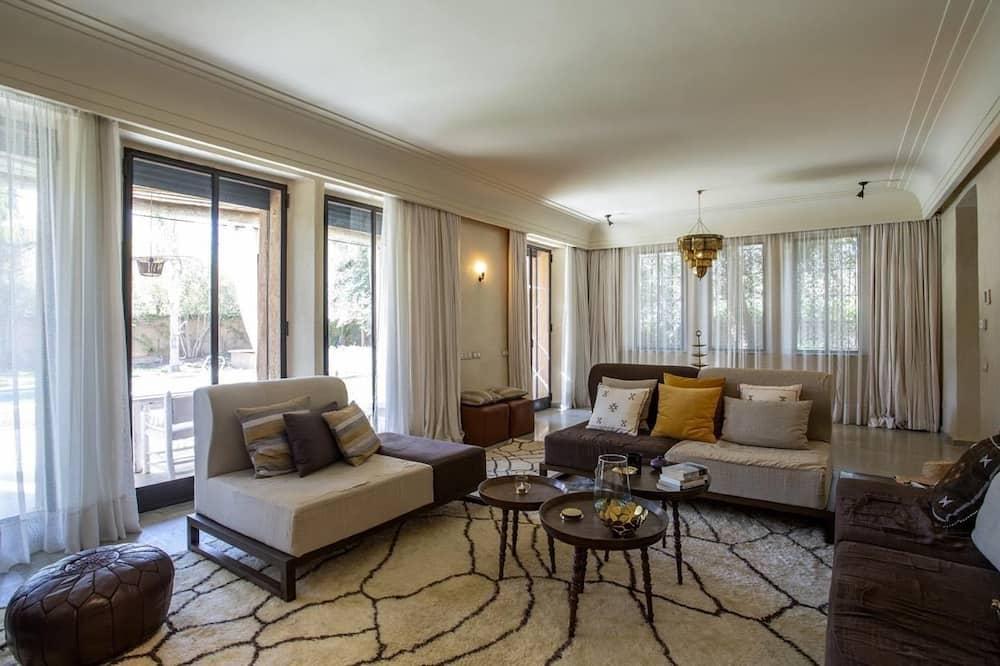 Вілла категорії «Superior», 3 спальні, приватний басейн - Вітальня