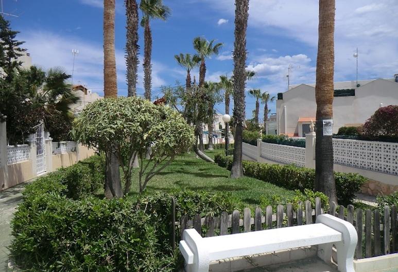 Casas Holiday - Los Balcones 2, Torrevieja, גינה