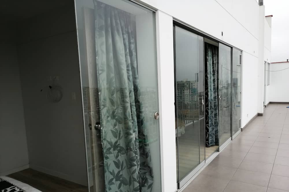 Апартаменти (6 Guests) - Балкон