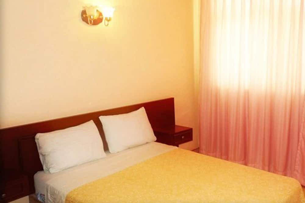 Superior Double Room, 2 Double Beds - Guest Room