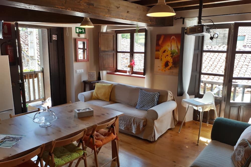 Dvojposchodový apartmán, 3 spálne (2 adults) - Obývacie priestory