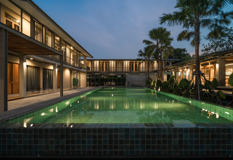 日光之吻床与咖啡酒店 - 附游泳池, 曼谷, 游泳池
