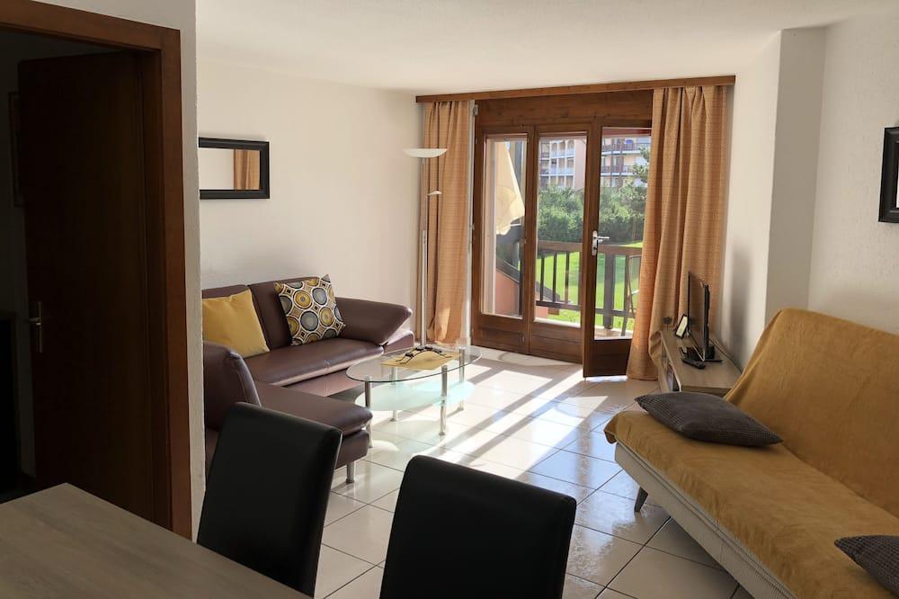 Apartment, 1 Bedroom, Balcony, Garden View - Living Room