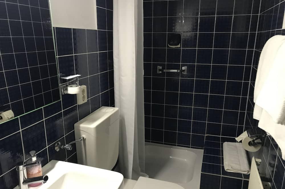 Superior Single Room, Private Bathroom - Bathroom