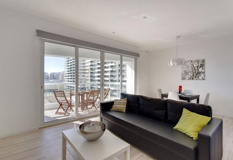 Modern Sea-view Apartment in a Prime Location, Sliema