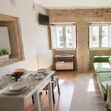 Apartmán typu City, 1 ložnice, výhled do zahrady - Obývací prostor