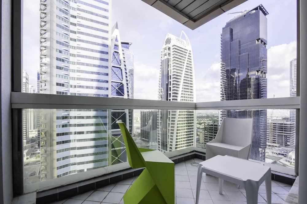 Klasisks dzīvokļnumurs, 2 divguļamās gultas - Balkons