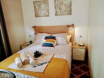 Picture of Wish Suite Camino De San Lazaro in Seville